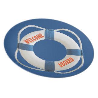 Recepción a bordo del anillo de vida náutico platos