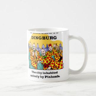 Recepción a Dingburg #3 Taza Básica Blanca