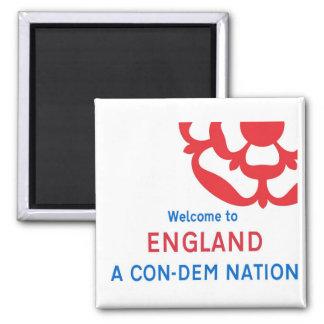 Recepción a Inglaterra: Una nación Estafa-Dem Imán Cuadrado