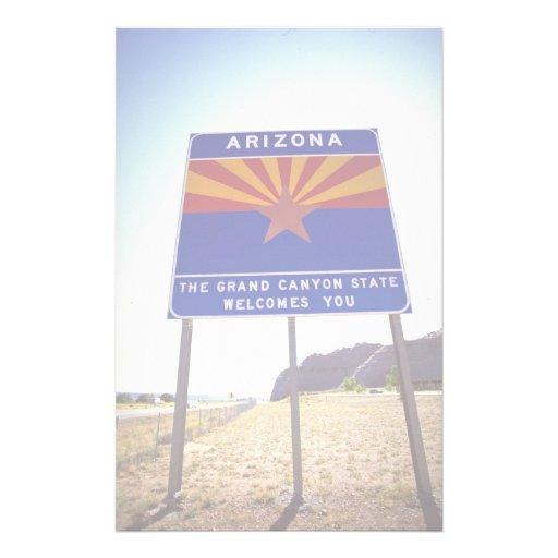 Recepción a la muestra de Arizona en Lupton, desie Papeleria De Diseño