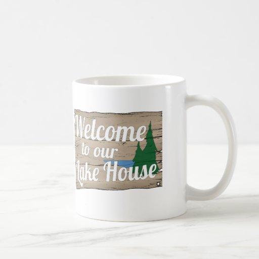 recepción de la casa del lago taza