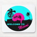 Recepción fresca al diseño de Miami Alfombrilla De Ratones