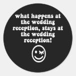 Recepción nupcial divertida pegatinas redondas
