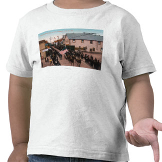 Recepción ParadeNome, AK de Govenor Hoggatt Camisetas