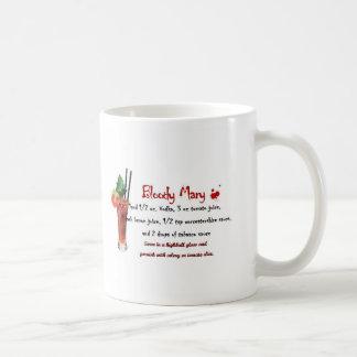 Receta de la bebida del bloody mary taza básica blanca