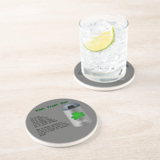 Receta irlandesa de la bebida del bote de basura posavaso para bebida