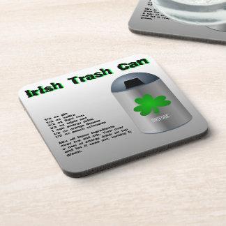 Receta irlandesa de la bebida del bote de basura posavasos de bebidas