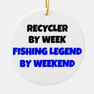 Reciclador de la leyenda de la pesca adorno redondo de cerámica