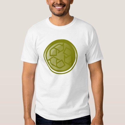 Reciclaje de la camiseta del botón remeras