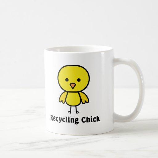 Reciclaje del polluelo tazas