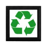 Reciclando el símbolo - verde caja de recuerdo