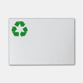 Reciclando el símbolo - verde notas post-it®