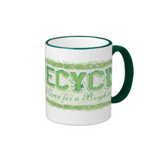 Recicle el engranaje del Día de la Tierra Tazas De Café
