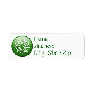 Recicle el logotipo con las bicicletas etiqueta de remite
