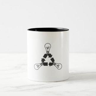 Recicle el poder taza de dos tonos