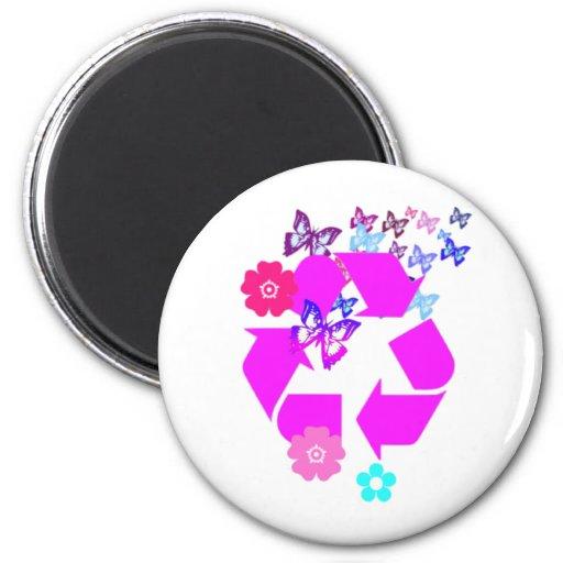 Recicle el símbolo con las mariposas y las flores iman de frigorífico
