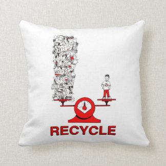 Recicle la almohada de la basura