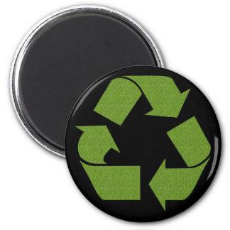 Recicle la hierba del símbolo imán redondo 5 cm