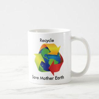 Recicle la taza de la madre tierra de la reserva
