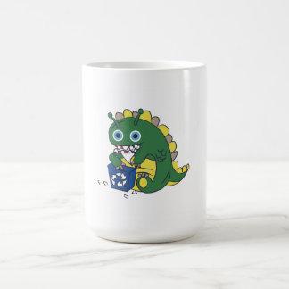 Recicle la taza del monstruo