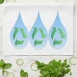 Recicle la toalla de cocina del agua