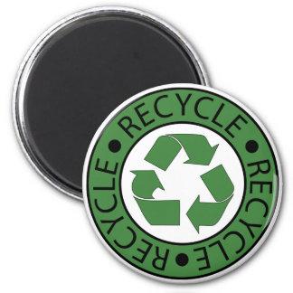 Recicle las letras verdes del logotipo BK Imán Redondo 5 Cm