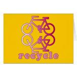 Recicle los productos que montan en bicicleta tarjetas