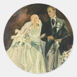Recienes casados del novio de la novia del boda pegatina redonda