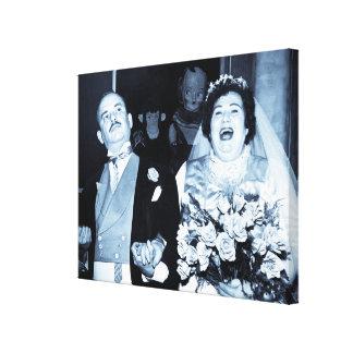 Recienes casados del vintage apenas casados impresiones en lona estiradas