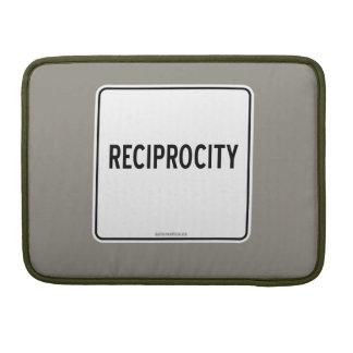 RECIPROCITY SLEEVE FOR MacBook PRO