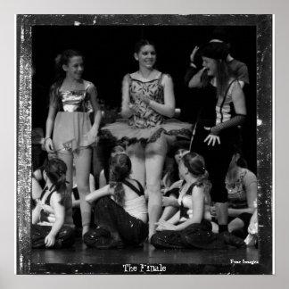 recital 35 065 (2)b, The Finale, Fine Images Print