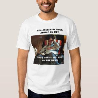 RECLINER MAN TALKS ABOUT HOT BABES ON FOX NEWS T-Shirt