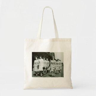 Reclutas de WAAF que marchan 1942 Bolsa Tela Barata
