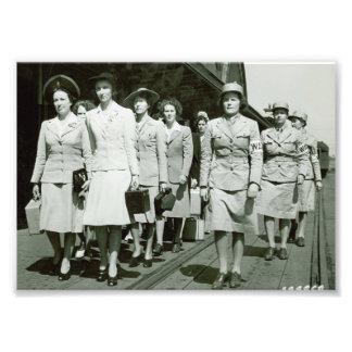 Reclutas de WAAF que marchan 1942 Cojinete