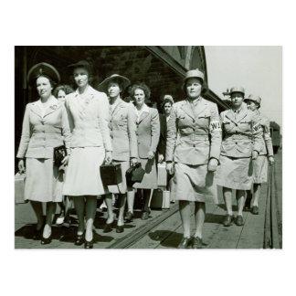 Reclutas de WAAF que marchan 1942 Tarjetas Postales