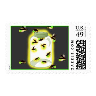 Recogida de luciérnagas timbre postal