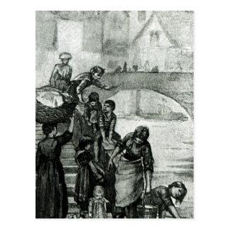 Recogida del agua del río tarjetas postales