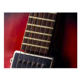 Recogida roja de la guitarra de HollowBody del cue Tarjetas Postales