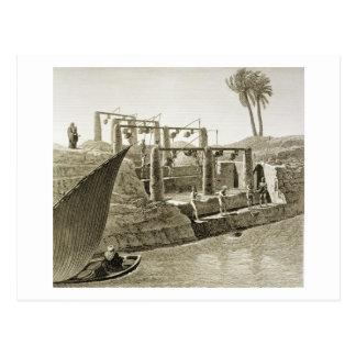 Recogiendo el agua del Nilo, platee 6 de Volum Postales
