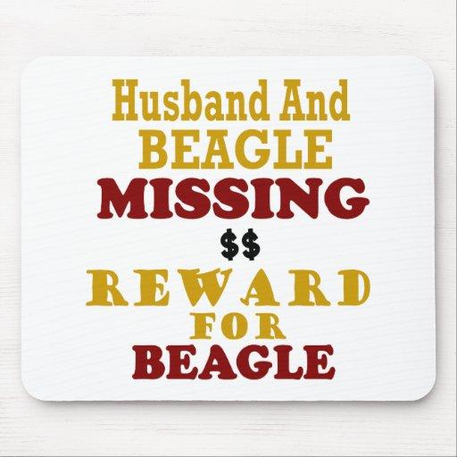Recompensa que falta del beagle y del marido por b alfombrilla de raton
