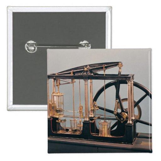 Reconstrucción del motor del vapor de James Watt Pin Cuadrada 5 Cm