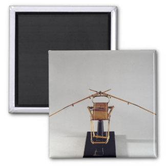 Reconstrucción modelo del diseño de da Vinci Imán De Frigorífico