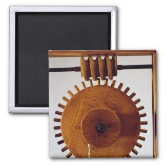 Reconstrucción modelo del diseño de da Vinci Imán Cuadrado