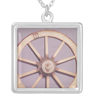 Reconstruction of a wheel silver plated necklace