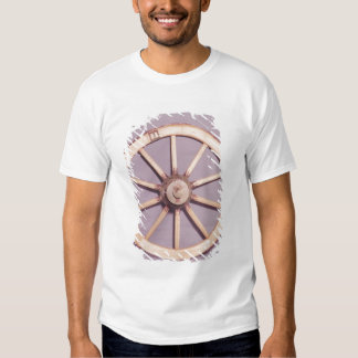 Reconstruction of a wheel tee shirt
