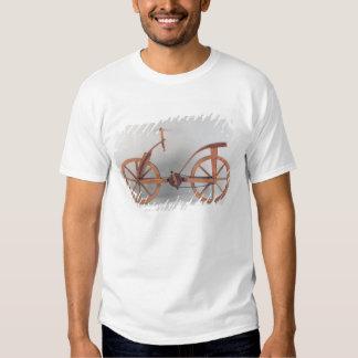 Reconstruction of da Vinci's design Tee Shirt