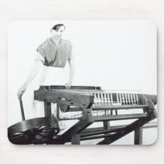 Reconstruction of Hargreaves s Spinning Jenny Mousepads