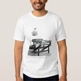 Reconstruction of Hargreaves's 'Spinning Jenny' Tee Shirt