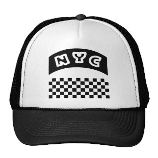 Recorte de NYC con el tablero de damas y la bander Gorras De Camionero