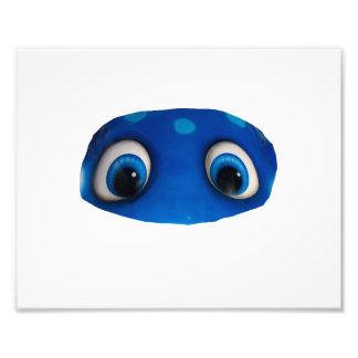 Recorte feliz del azul de los ojos arte fotografico